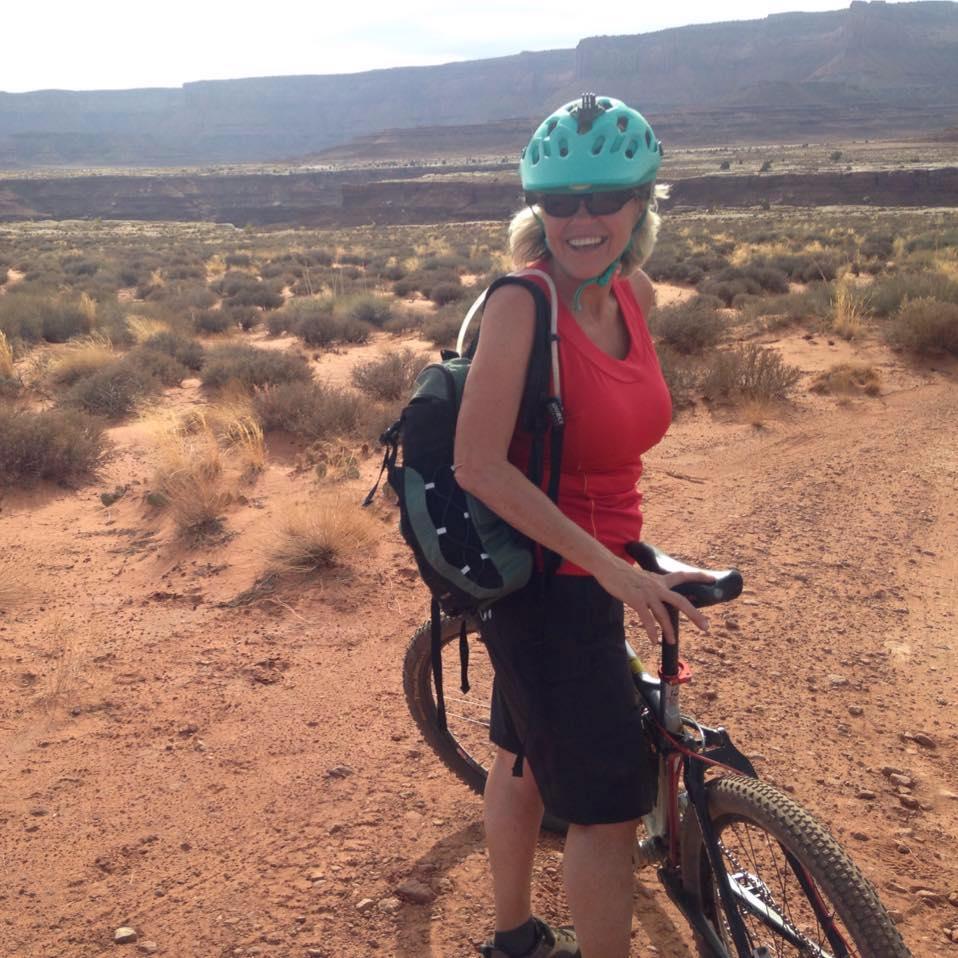 Bell Super 3 MIPS Women s Mountain Bike Helmet Review - Femme Cyclist 875dfdc2a