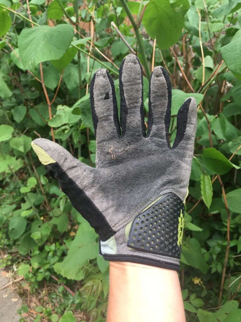 mountain bike glove fit