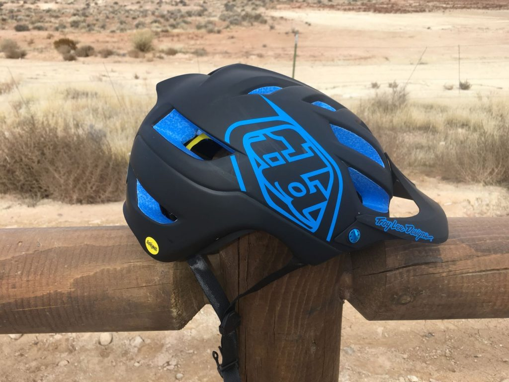 troy lee designs a1 helmet review