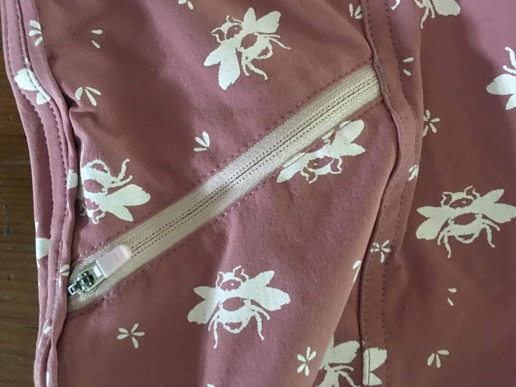freel short zippered pocket